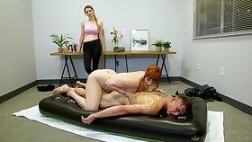 Legendary nuru massage wide of curvaceous cougar masseuse Lauren Phillips